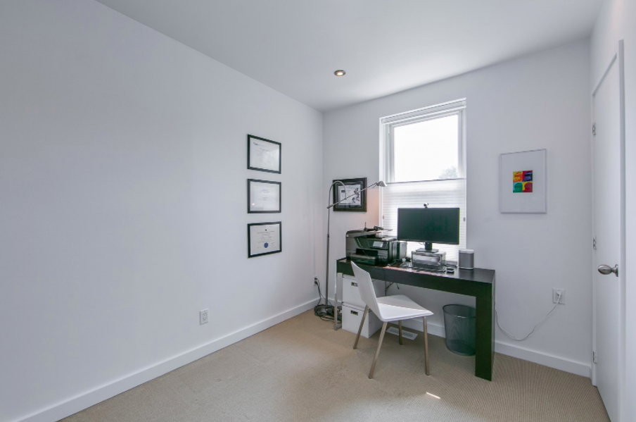 163 Langley Ave 22.png