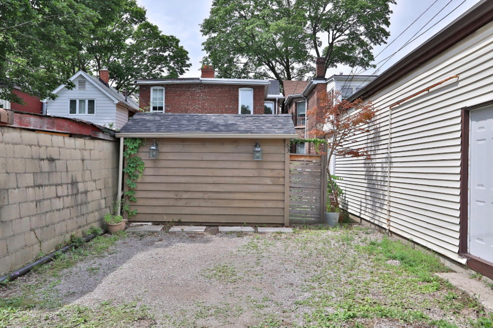 63 Eaton Ave 57.png