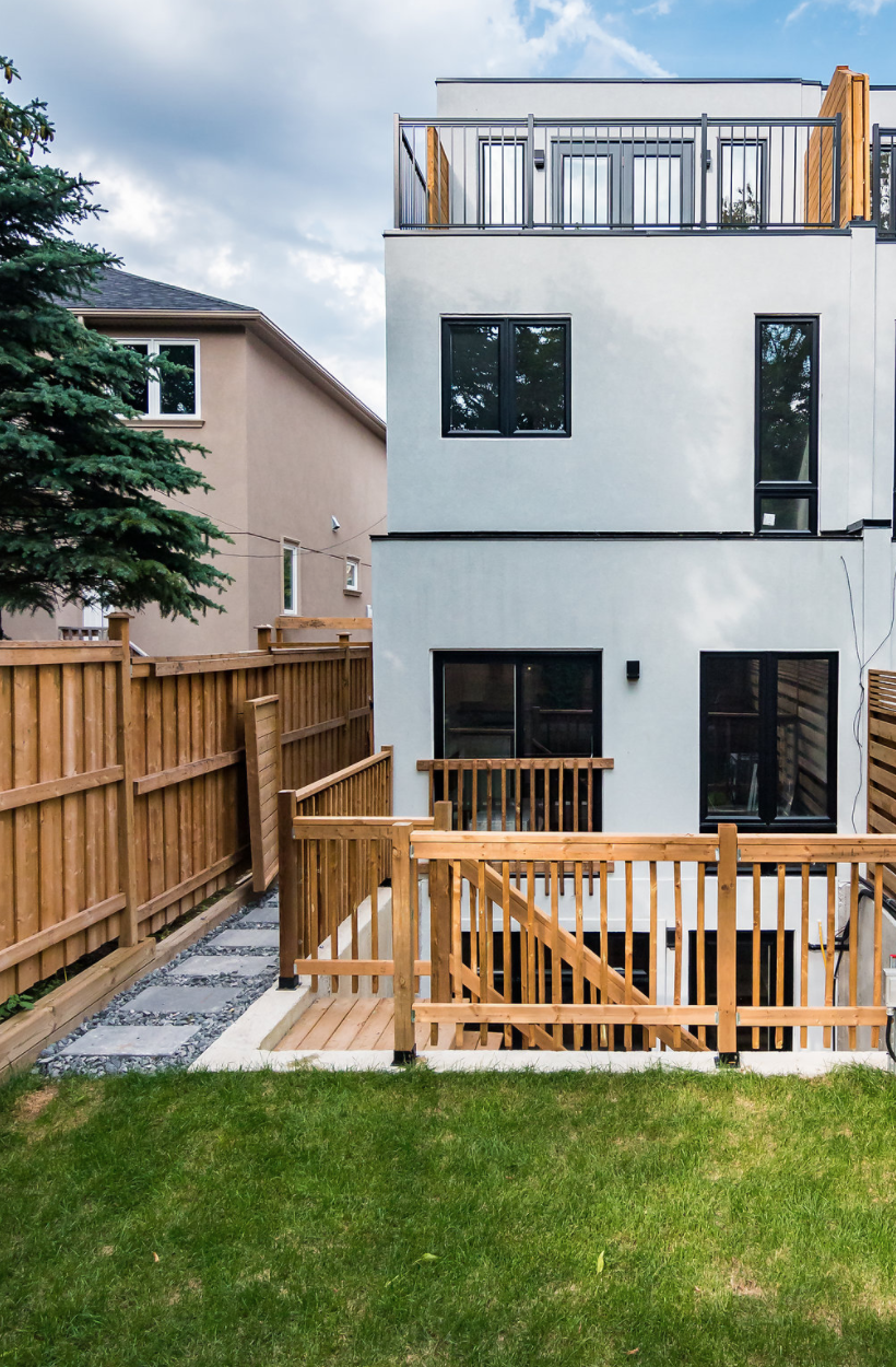 24 Frankdale Ave 65.png