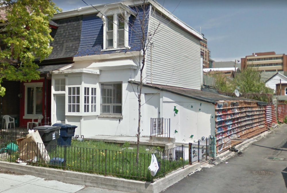 161 Palmerston St Unit C before.png