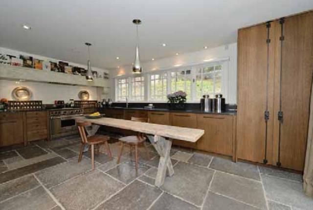 bonnie brooke's kitchen.png