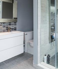11+garnet+bathroom.png