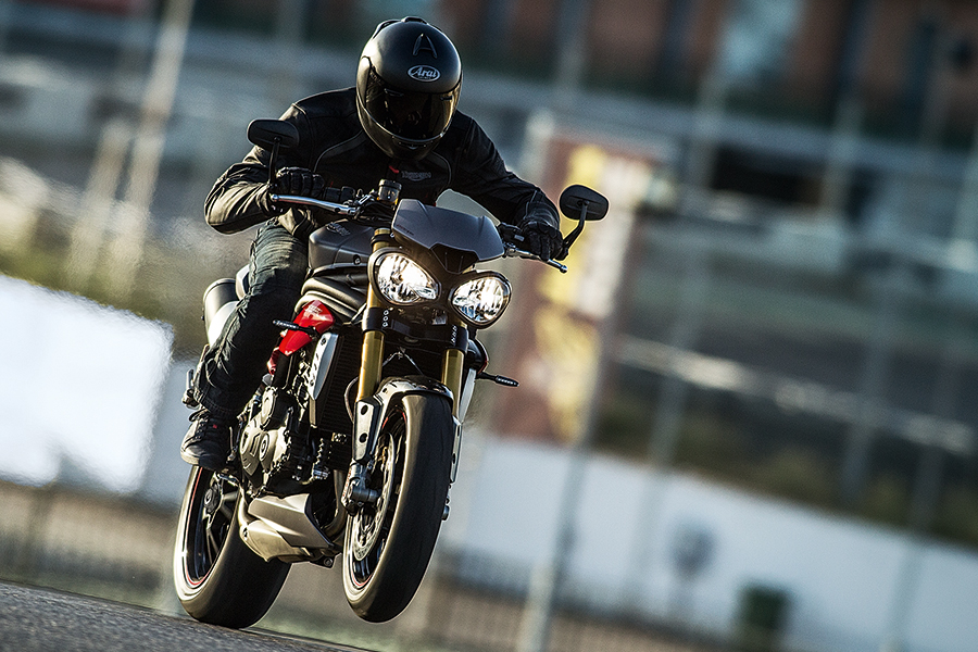 2016 triumph speedtriple r