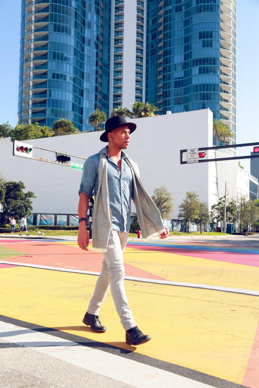 fall-look-florida-summer-walking.jpg