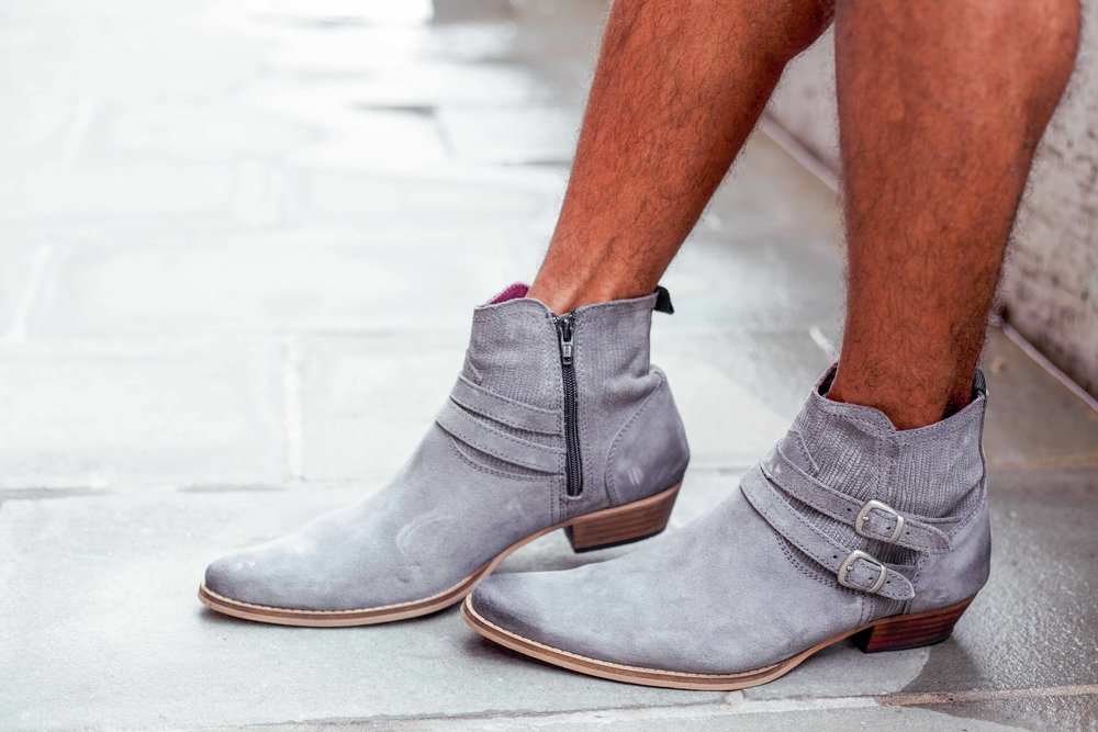 how-to-dress-season-transition-boots.jpg