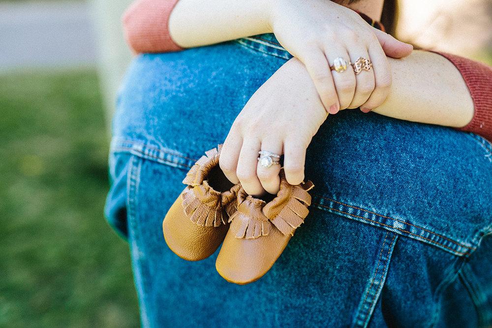 Allie and Ian Maternity 9-17-17-57.jpg