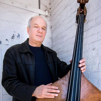#11 - Jon Weisberger, Part 1  A year in review kicks off the show, then Jon Weisberger joins the show for a discussion of his career. They cover Jon's early days getting started in Ohio, and making the move to Nashville to establish himself as a bass player.  January 3, 2016
