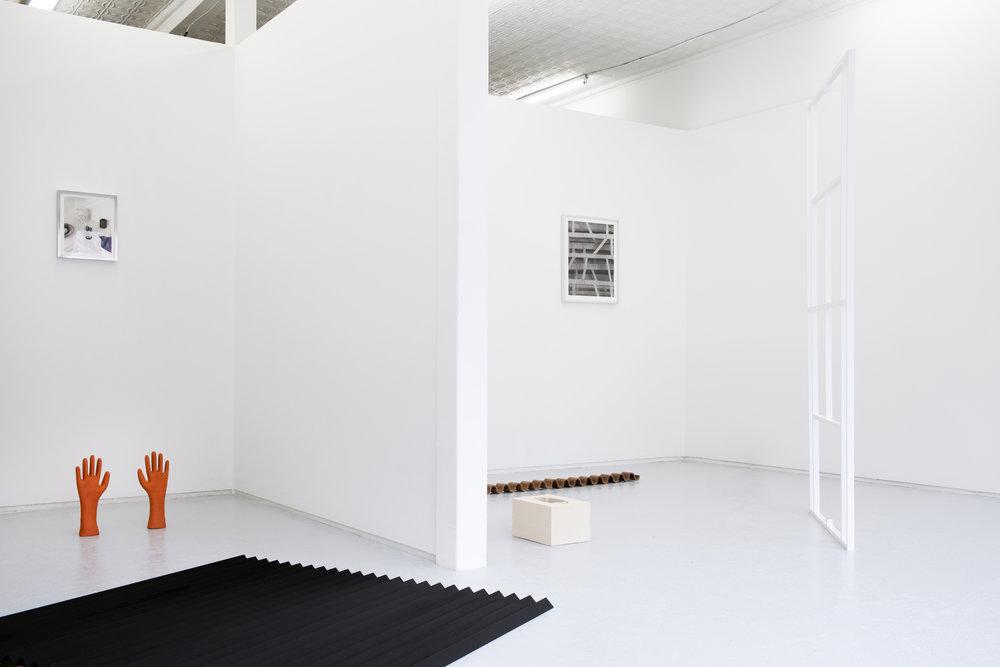Elizabeth-Atterbury_installation-view_01.jpg