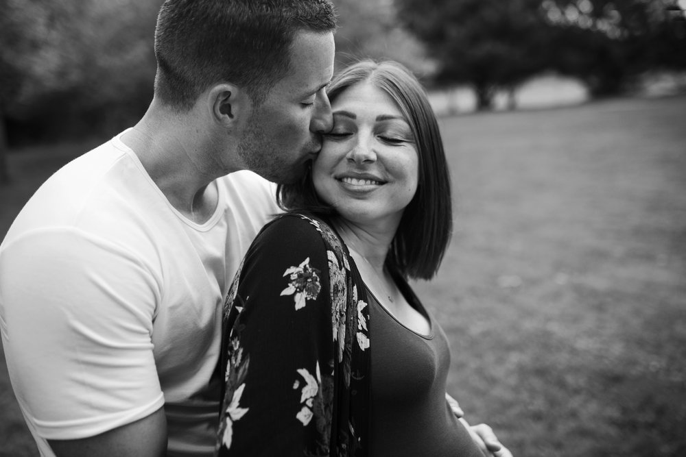 Rochester NY Maternity Photographer, couple in love