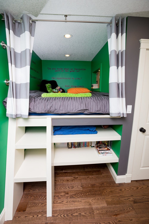 Boys Bedroom Built In Bed.JPG