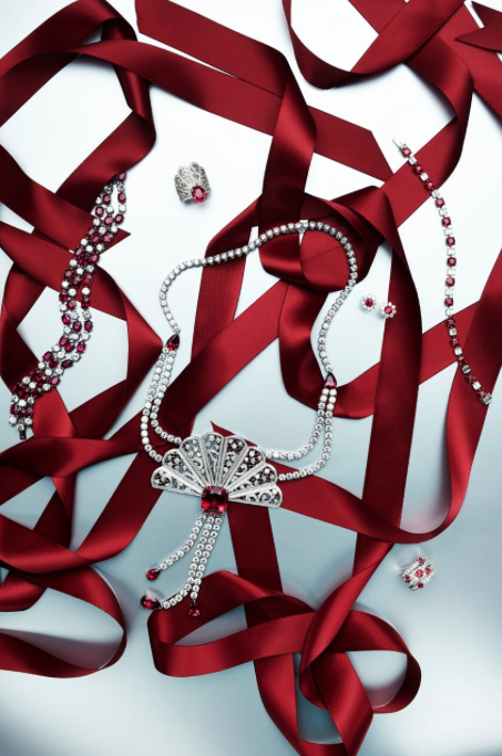 news_Jason Bonello_SCMP Christmas_jewellery 1.png