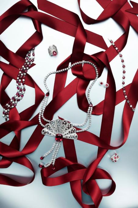news_Jason Bonello_SCMP Christmas_jewellery 1.png