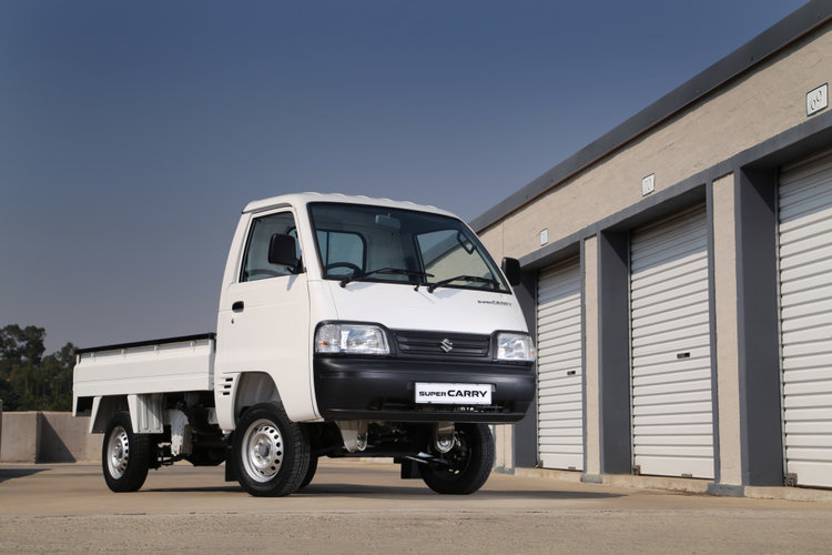 Maruti-Suzuki-Super-Carry-front-three-quarters-press-shot.jpg