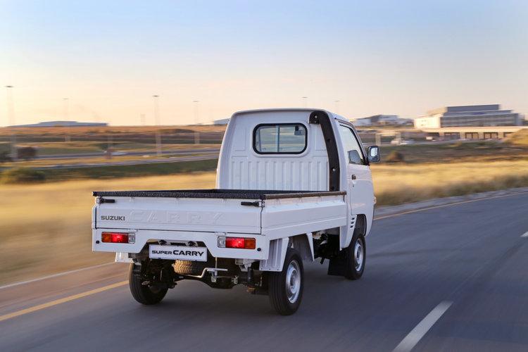 Maruti-Suzuki-Super-Carry-rear-quarter-press-shot.jpg