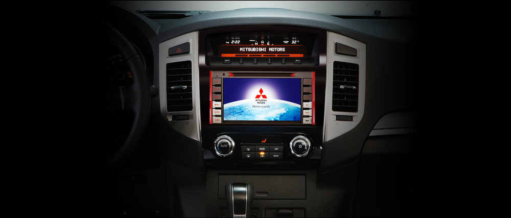 pajero-Multimedia-Entertainment-System.jpg