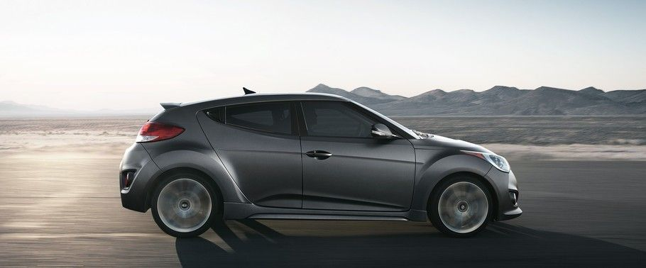 hyundai-veloster-turbo-drivers-sideview.jpg