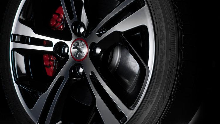 Peugeot-208-GTi-jantes.jpg