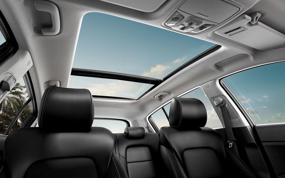 kia-sportage-wide-b-interior-10-w.jpg