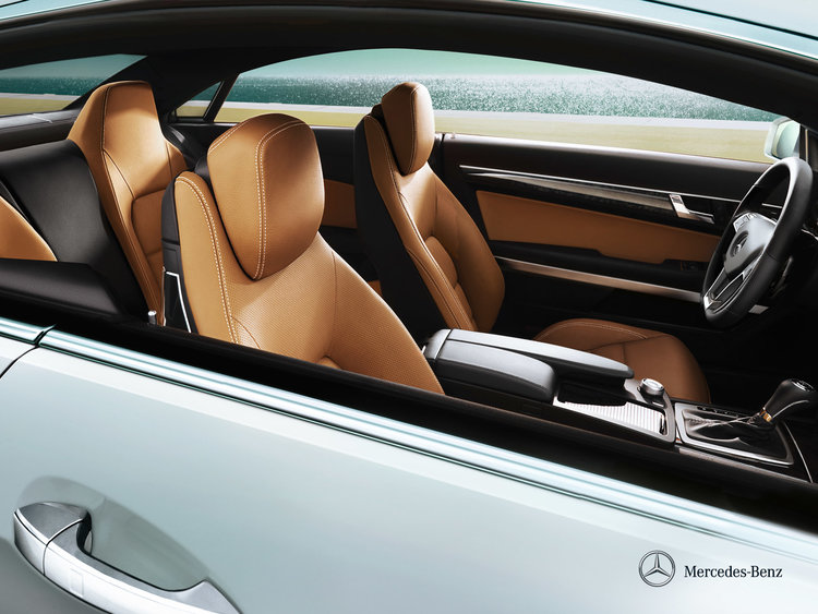 mercedes-benz-e-class-coupe-c207_wallpaper_06_1600x1200_12-2011.jpg