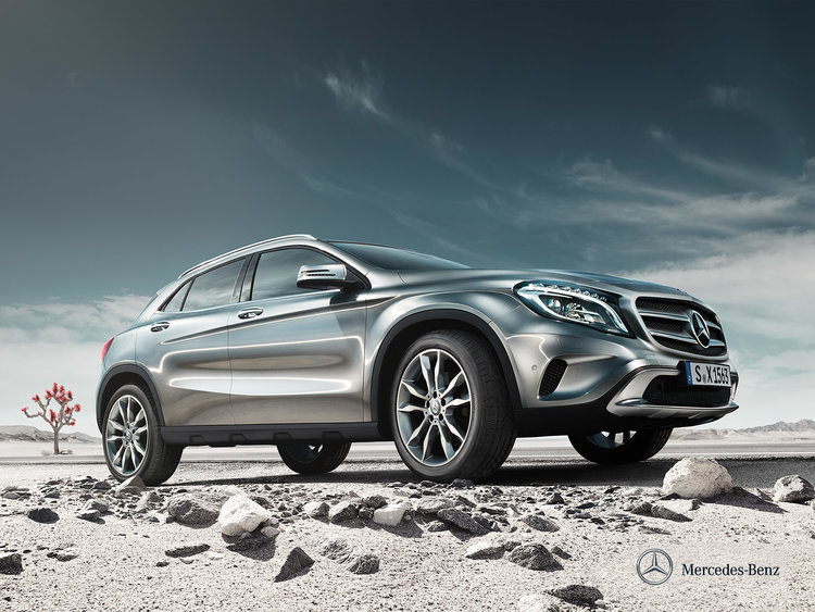 mercedes-benz-gla-x156_wallpaper_01_1600x1200_10-2013.jpg