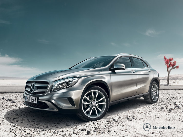 mercedes-benz-gla-x156_wallpaper_03_1600x1200_10-2013.jpg