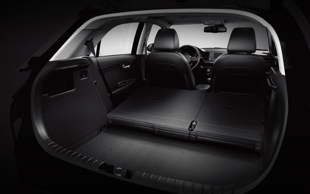 kia-rio-5-door-wide-b-interior-09-w.jpg