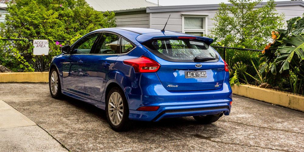 Ford-Focus-LZ-Sport-2015-3.jpg