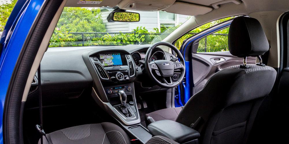 Ford-Focus-LZ-Sport-2015-8.jpg