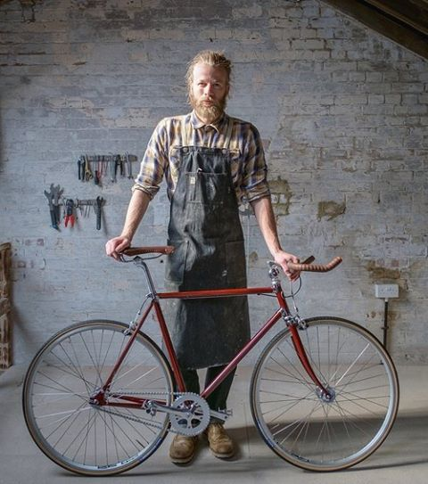 My @dawsondenim apron is one of my favourite things I own. My dear Mum bought it for me just before this business began 3 and a bit years ago. Me, the apron and the bikes all look a bit different now but we're all still having a great time. Here's to a few more years in it. 📷 @eyes.ears