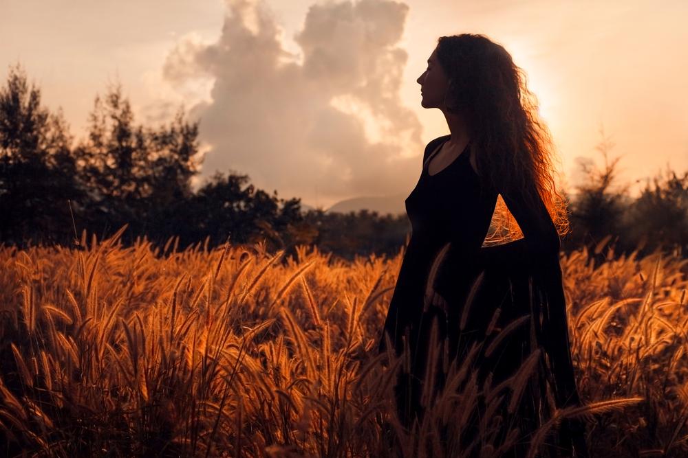 Villi Nainen auringonlasku.jpg