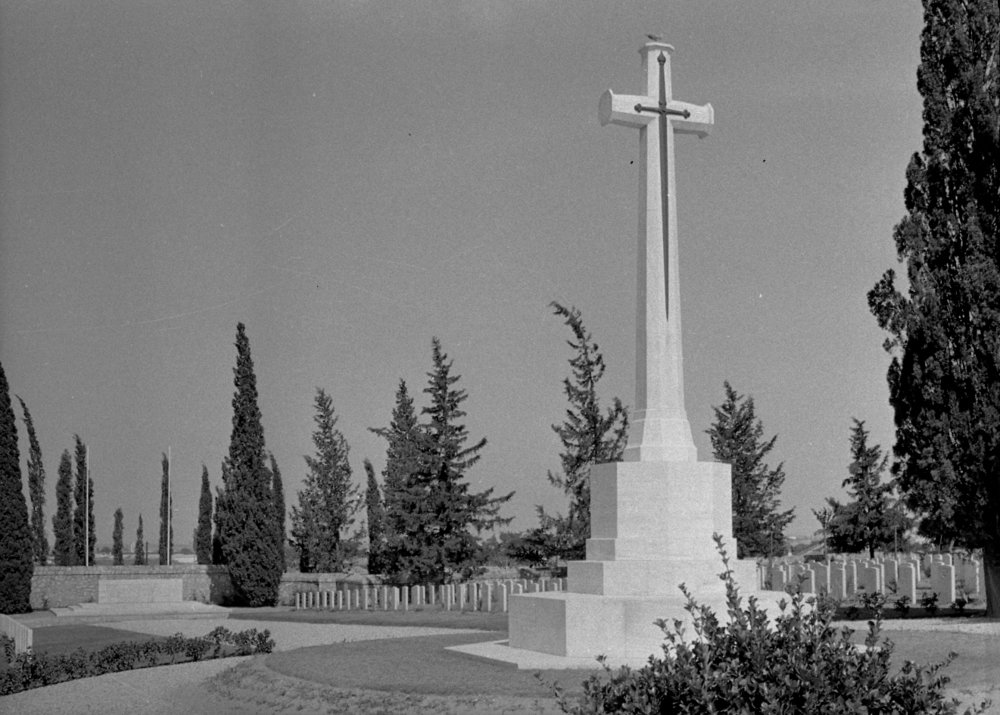5261_001 - Salonika Anglo-French Mil Cem Lembert Road Greece.jpg