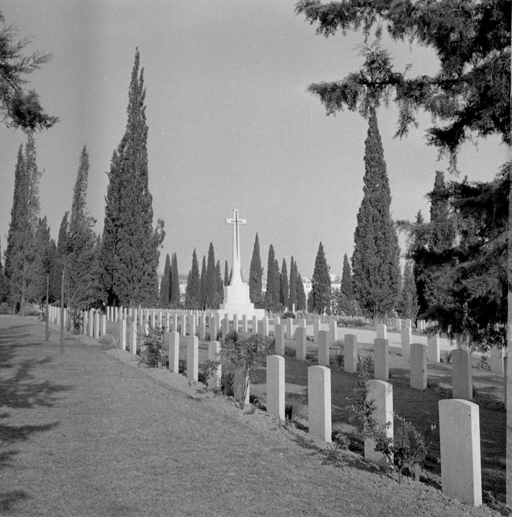 5262_001 - Salonika Anglo-French Mil Cem Lembert Road Greece.jpg