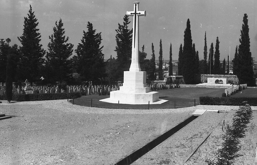 11776_001 - Salonika Anglo French Military Cemetery Lembet Road Greece.jpg