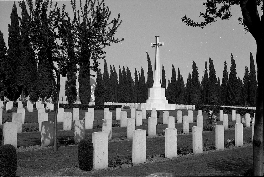 14426_001 - Salonika Anglo French Military Cemetery Lembet Road Greece.jpg