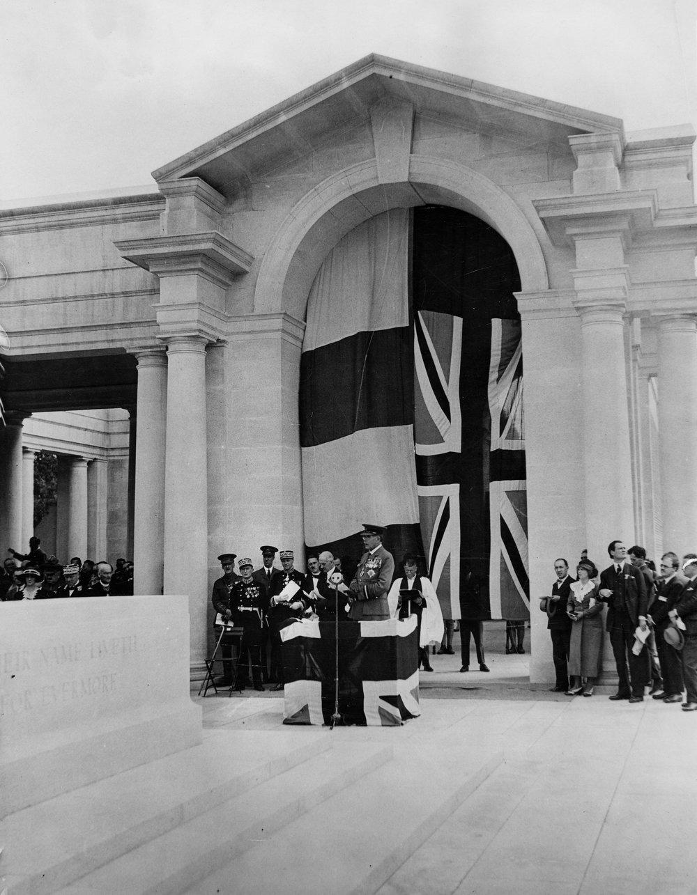 Arras unveiling