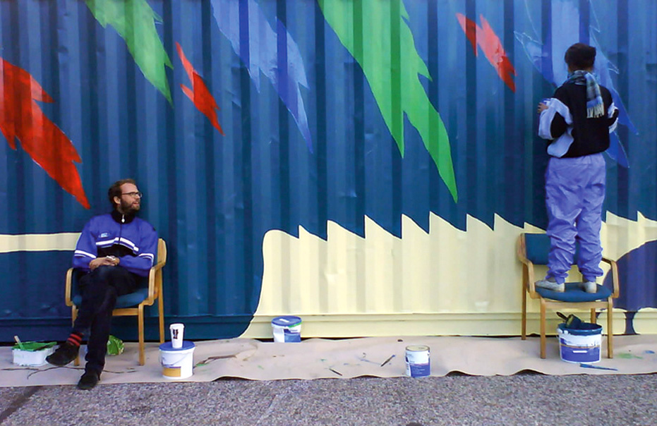 Mini Mobile Circus For Children. Decorating container in collaboration with Sigrid Astrup, 2010