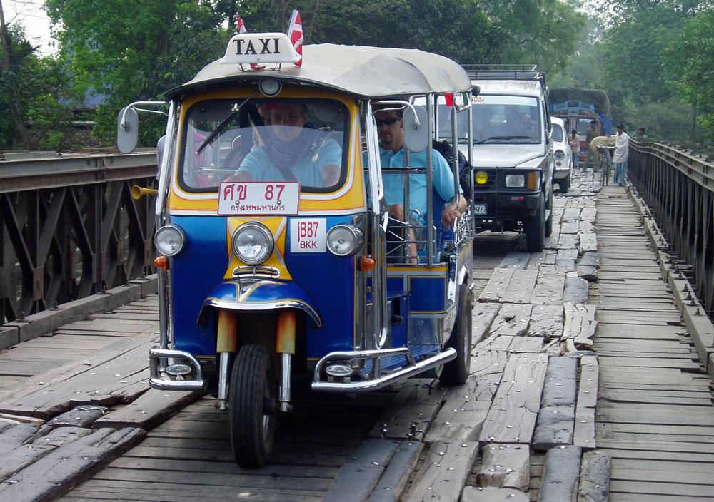 Tuktuk_Nepal_Tina_Helen