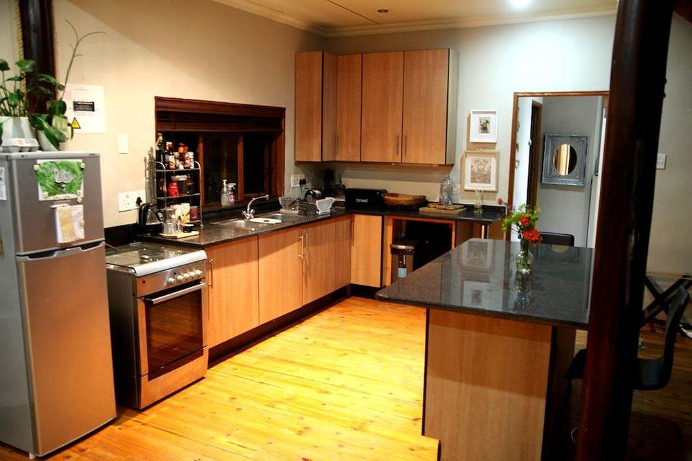 airbnbmain3.jpg