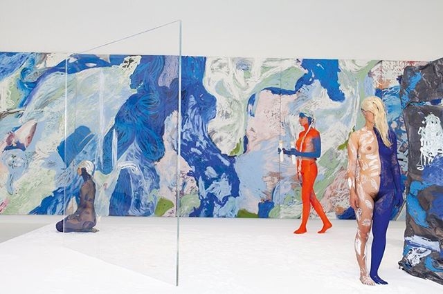 """#donnahuanca 🙌🏻 I have spent my Xmas time off researching and getting inspired for my work next year, somewhere along the way I rediscovered Donna Huanca's @work. I absolutely love the use of painted figures, sculptures and abstract paintings. All the elements are individual excellent, yet when combined they become otherworldly. ✨✨✨""""I really think that art is dead. I'm really bored just seeing something that's the past. Very few things stay alive and in the end, it's paintings that I find can still really move me"""" – Donna Huanca✨✨✨"""