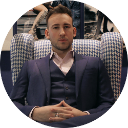 Meet your men's image consultant, Patrick kenger from pivot image consulting.