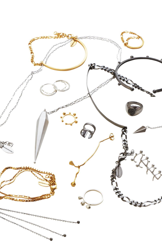RebekkaRebekka silver, gold and black jewelry / Mirror me
