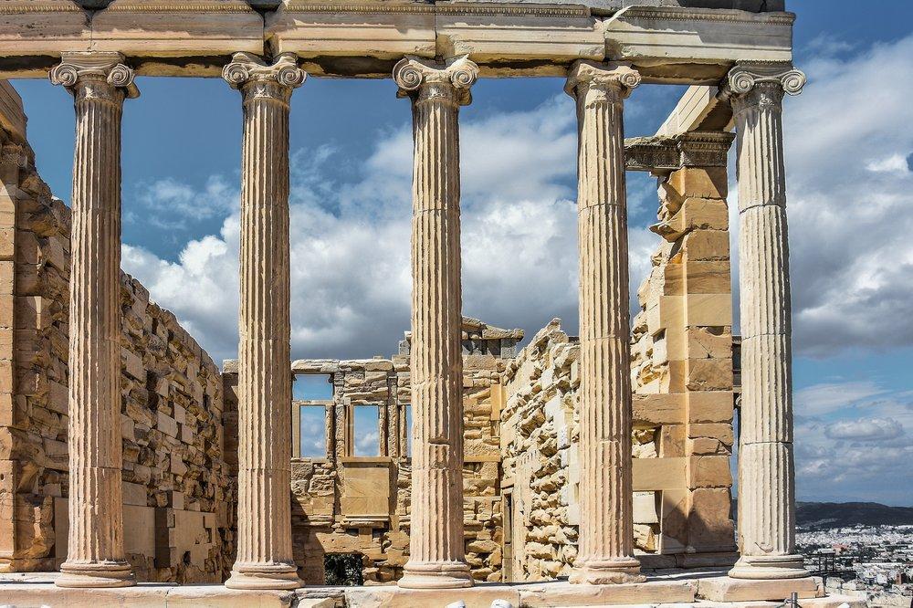 acropolis-2725917_1920.jpg