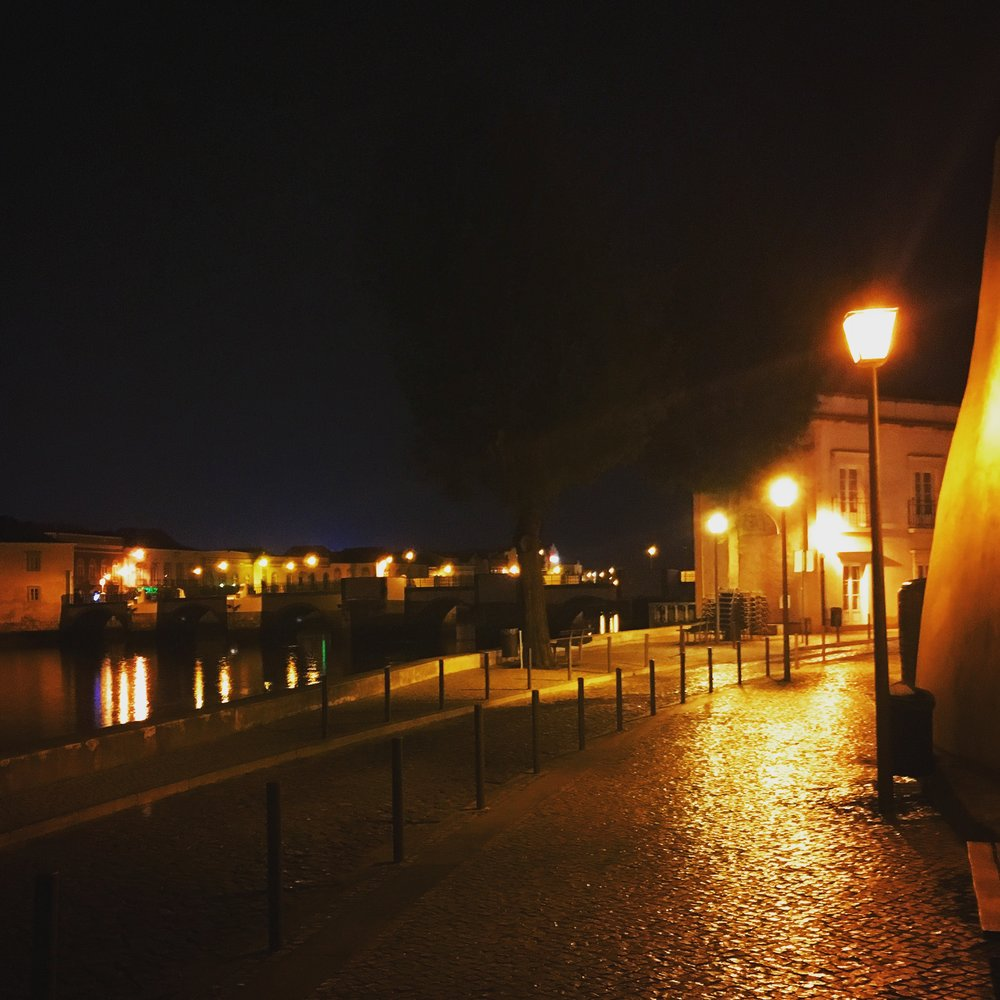 I used a photo of Tavira because of its dark corners and bright lights, and I had many missions of discovery here.