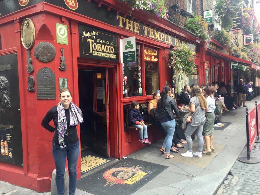 Tips for Women Travelers in Ireland   Pink Pangea