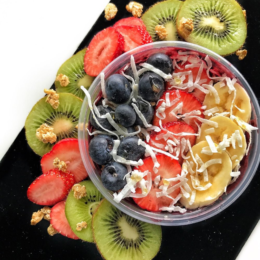 Yogurtini: Acai Bowl