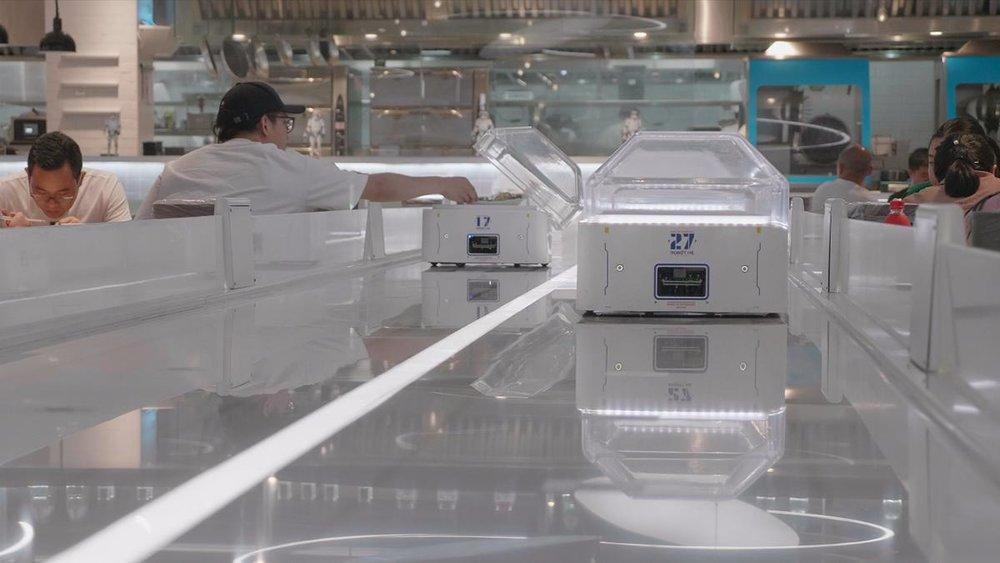 Hema robotic restaurant
