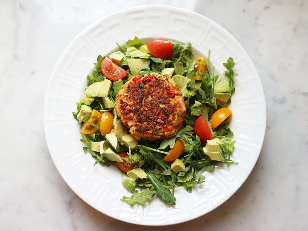 Salmon on top of salad 1.jpg