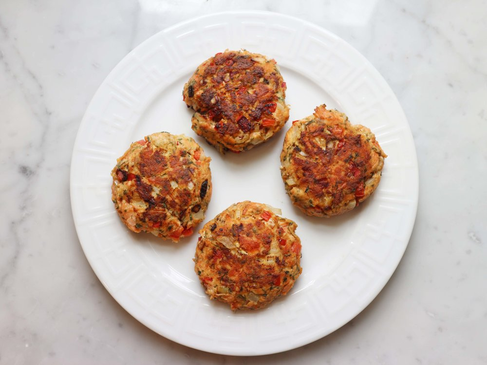 finished salmon cakes on plate.jpg