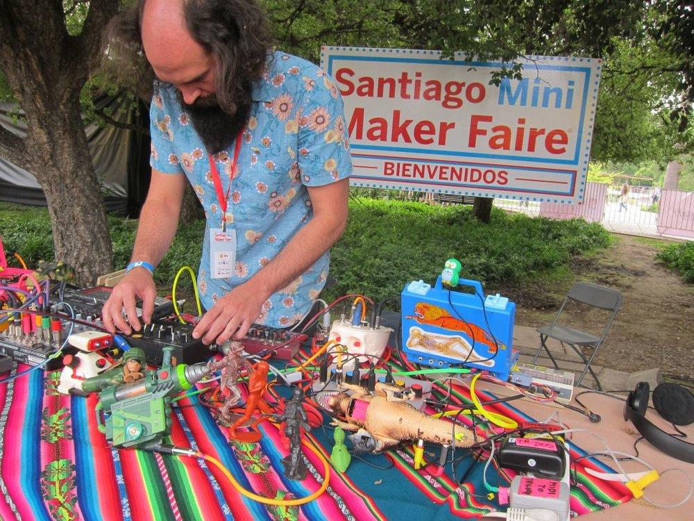 Santiago Mini Maker Faire 2013—Day One -