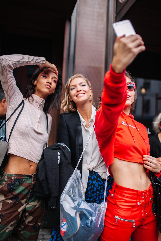 Models.Brittany_Noon_Alanna_Arrington_.Karlie_Klossjpg.jpg